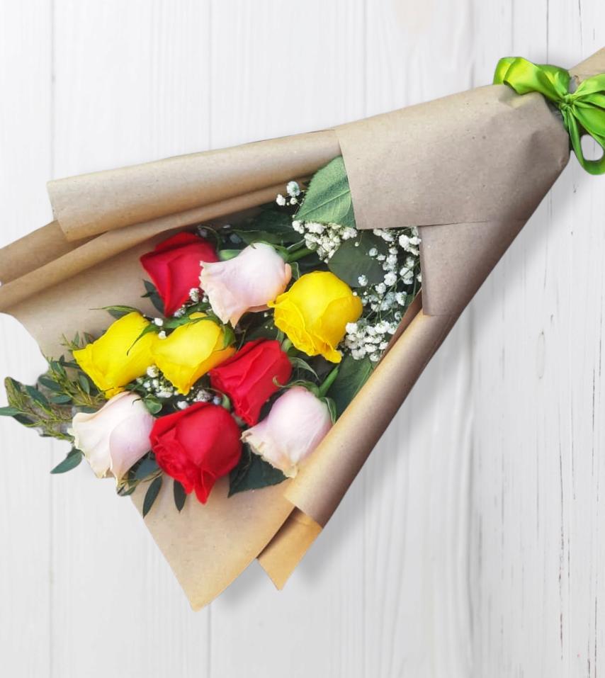 Ramo de 9 Rosas Multicolor