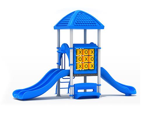 Casa de juego de exterior con triple resbalín
