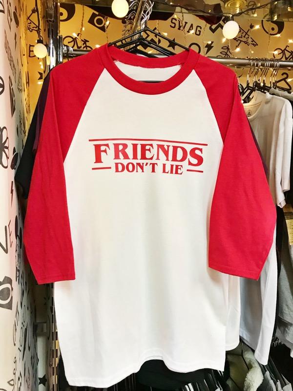TEE 3/4 FRIENDS DONT LIE