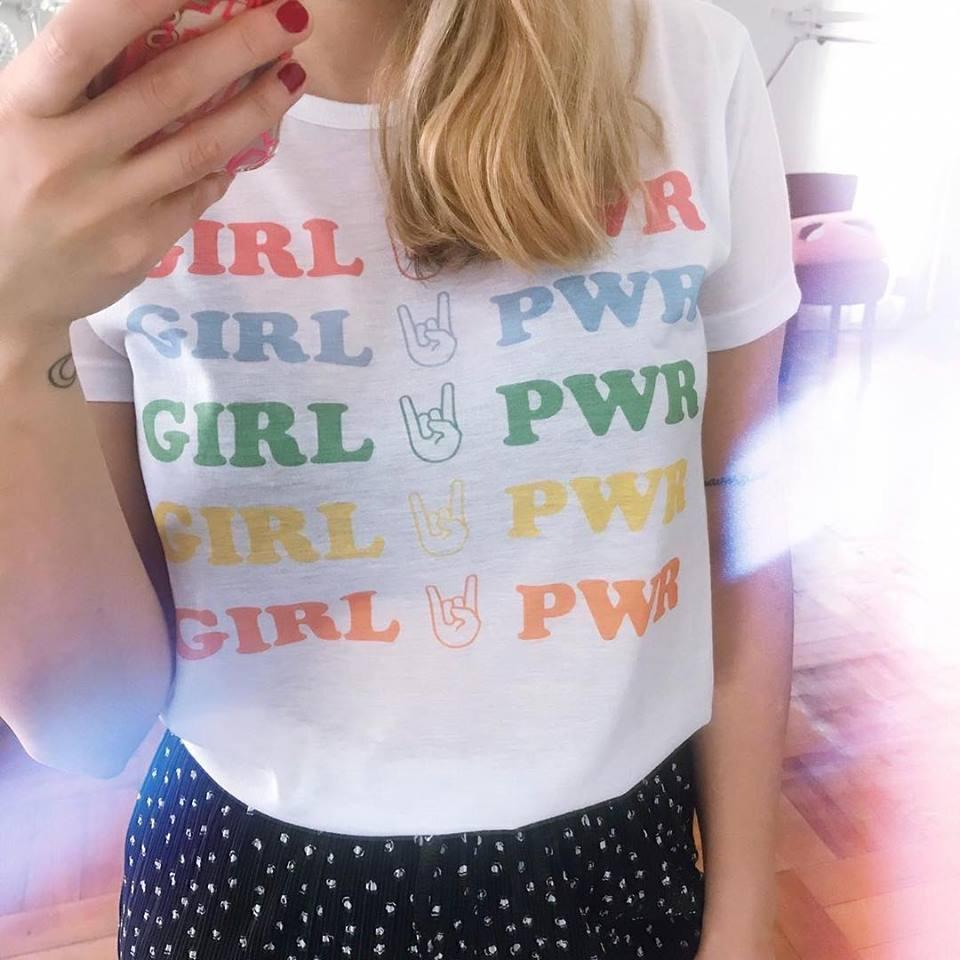 TEE CARTOON / GIRL PWR