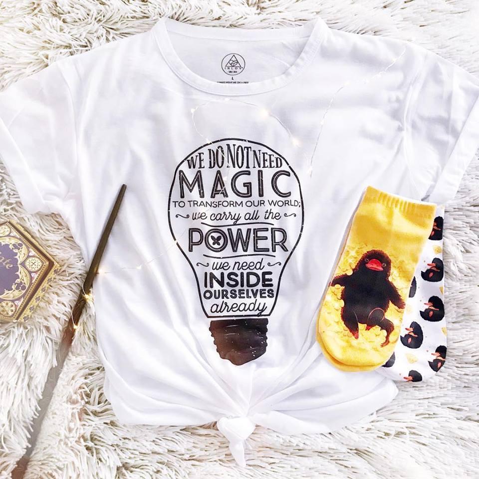 TEE CARTOON / MAGIC