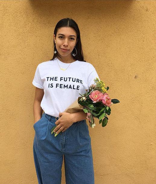 TEE UNISEX THE FUTURE IS FEMALE