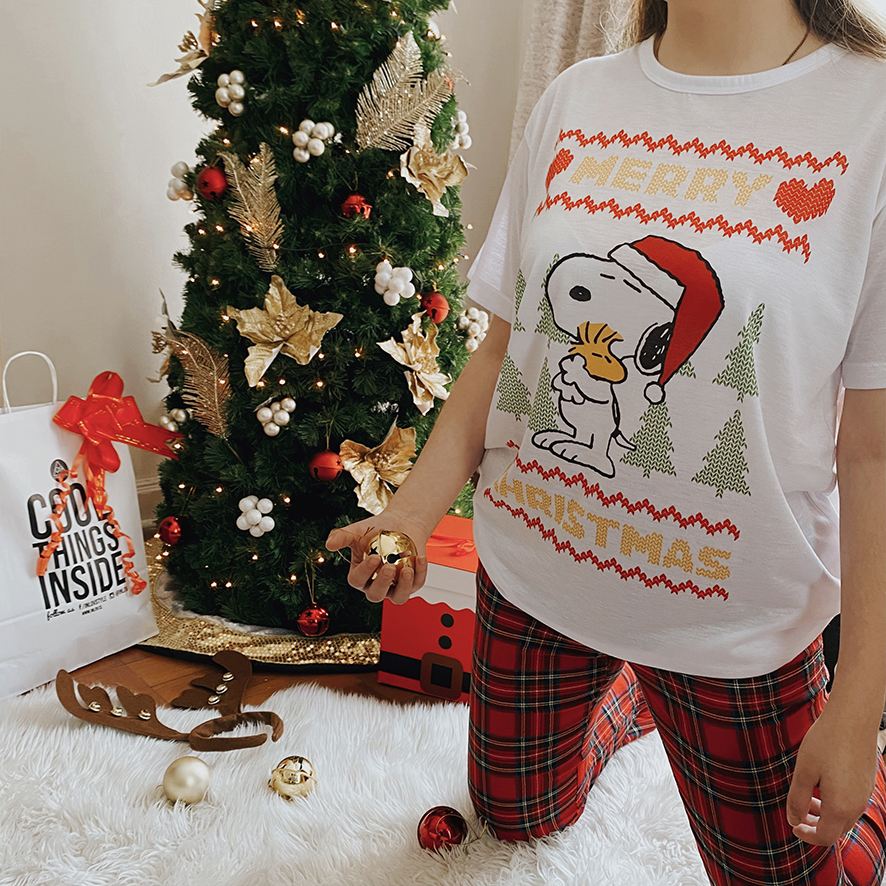 UGLY TOP SNOOPY MERRY