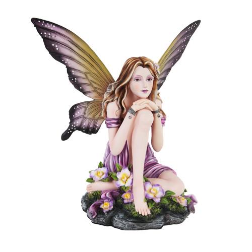 Hada Grande Fairy Pondering