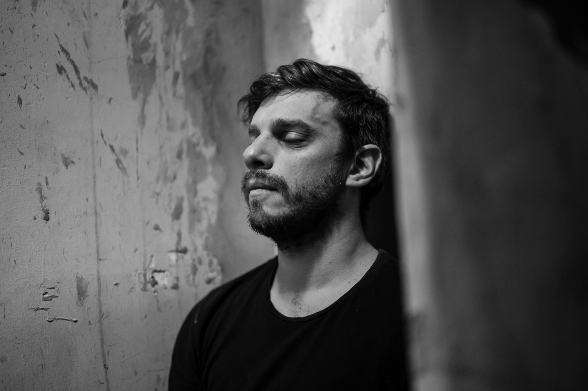 El compositor José Tomás Molina sorprende con soundtrack original para cortometraje 'Bendición', de Herman Choque y logra tercera nominación a los Premios Pulsar