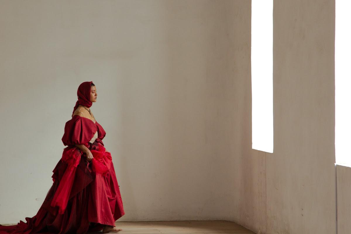 Sr. Maniquí, Ensamble InConcerto y Fidel Minda presentan Fragmentos Sagrados, film concierto sobre mujeres y ritualidad