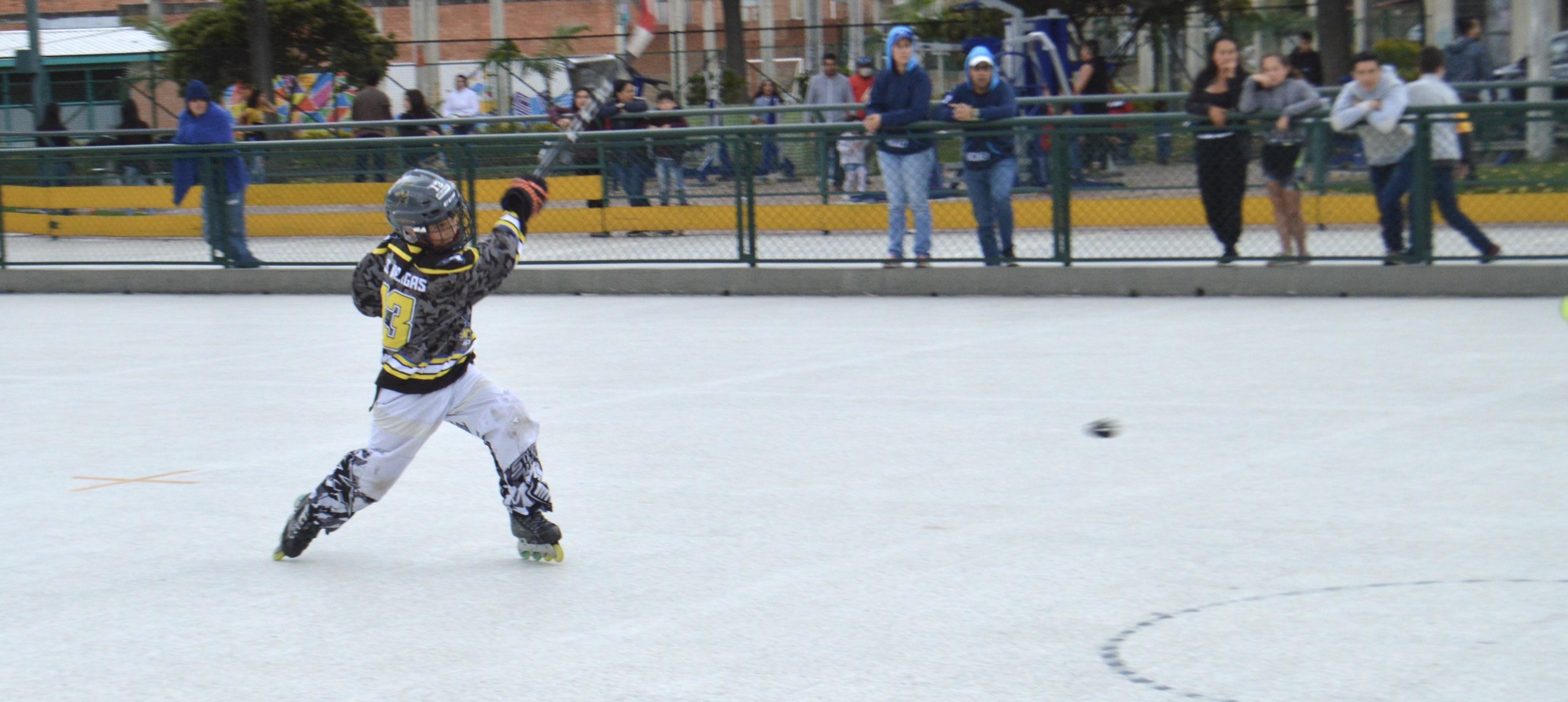 El entrenamiento en escuela y las diferentes modalidades del patinaje.