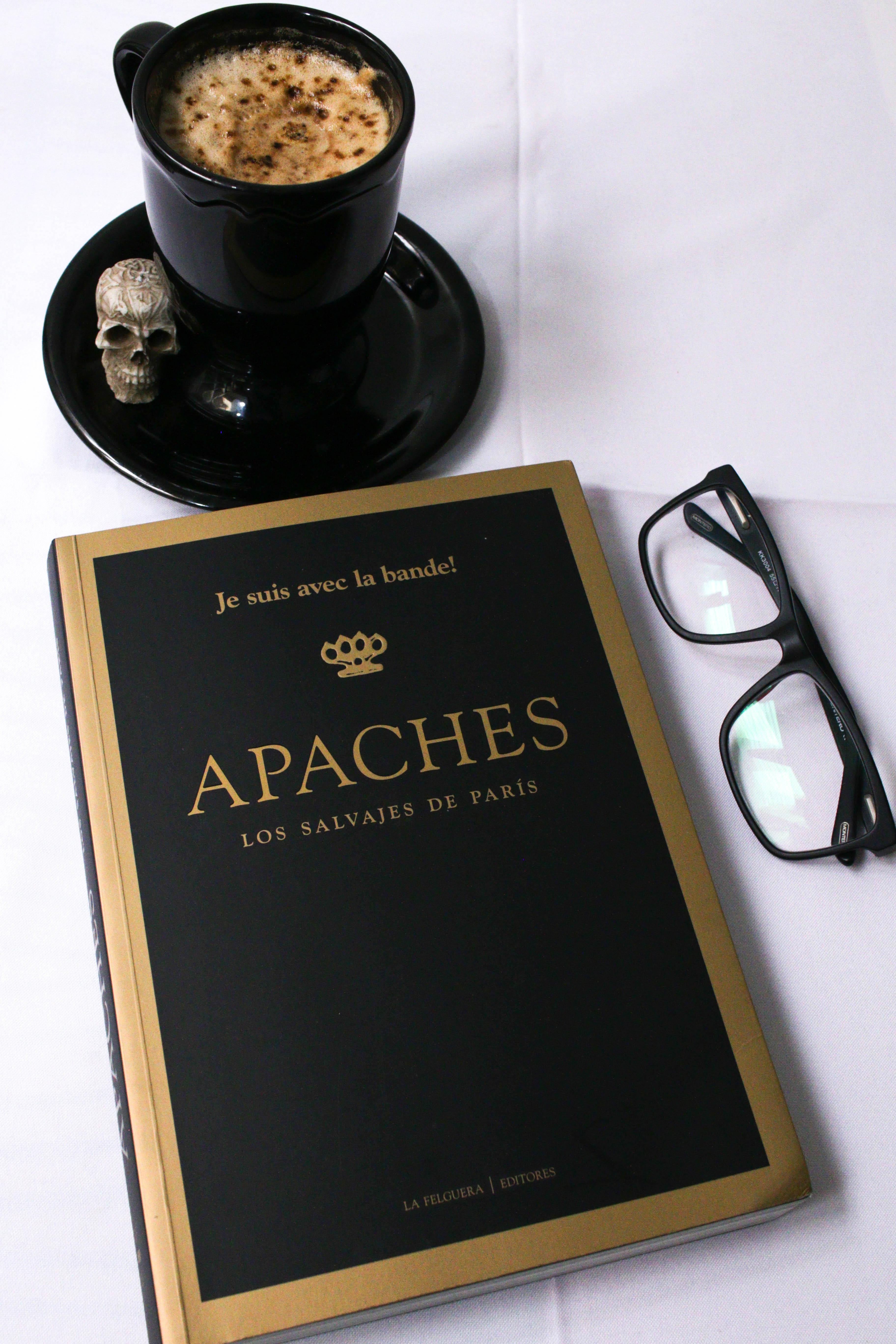 Apaches, Los salvajes de París de AA.VV