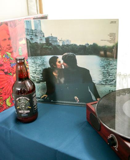 John Lennon y Yoko Ono Milk and honey