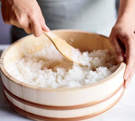 ¿Cómo hacer arroz para sushi?