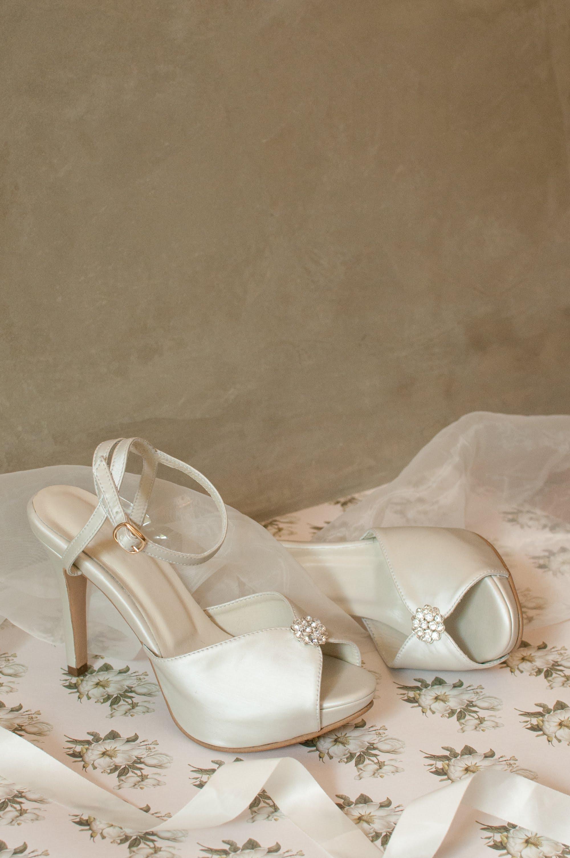 Vera heels