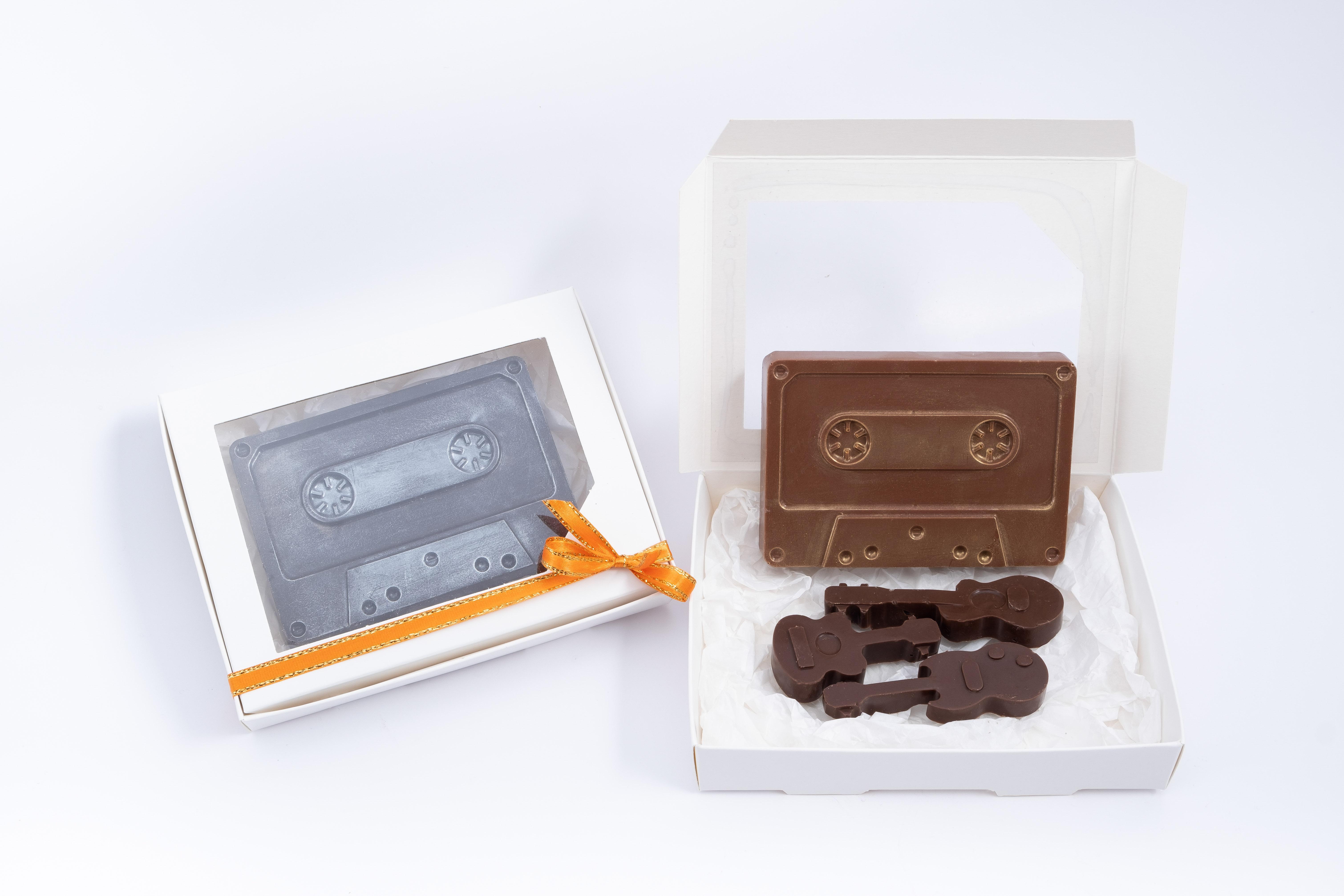 Cassette + 3 guitarras