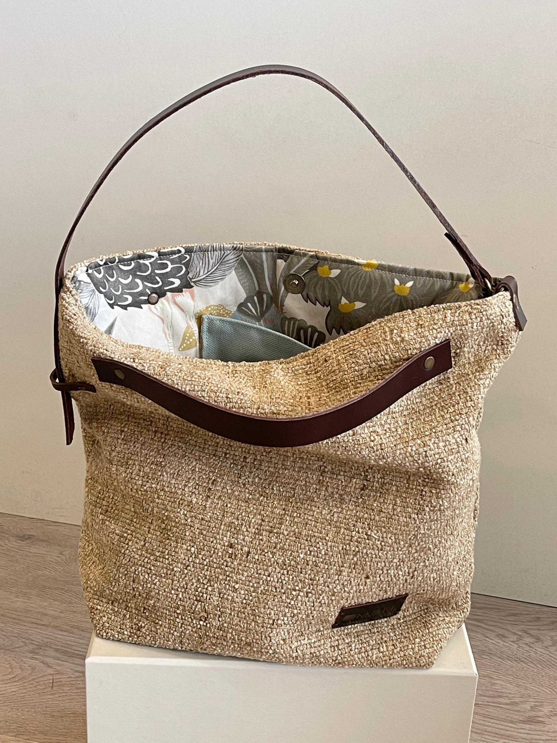 Handbag Areia