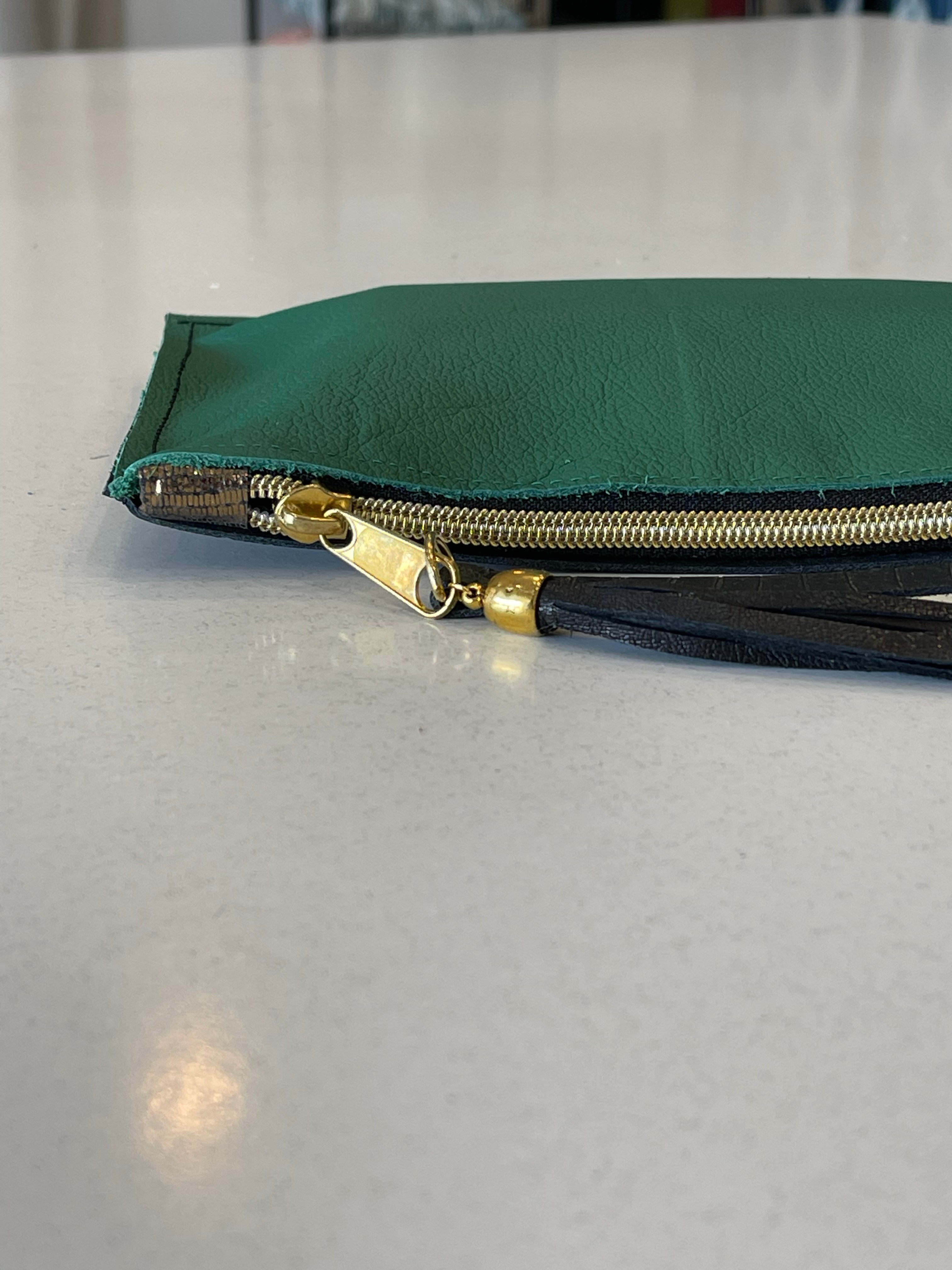 Pouch Leather Green
