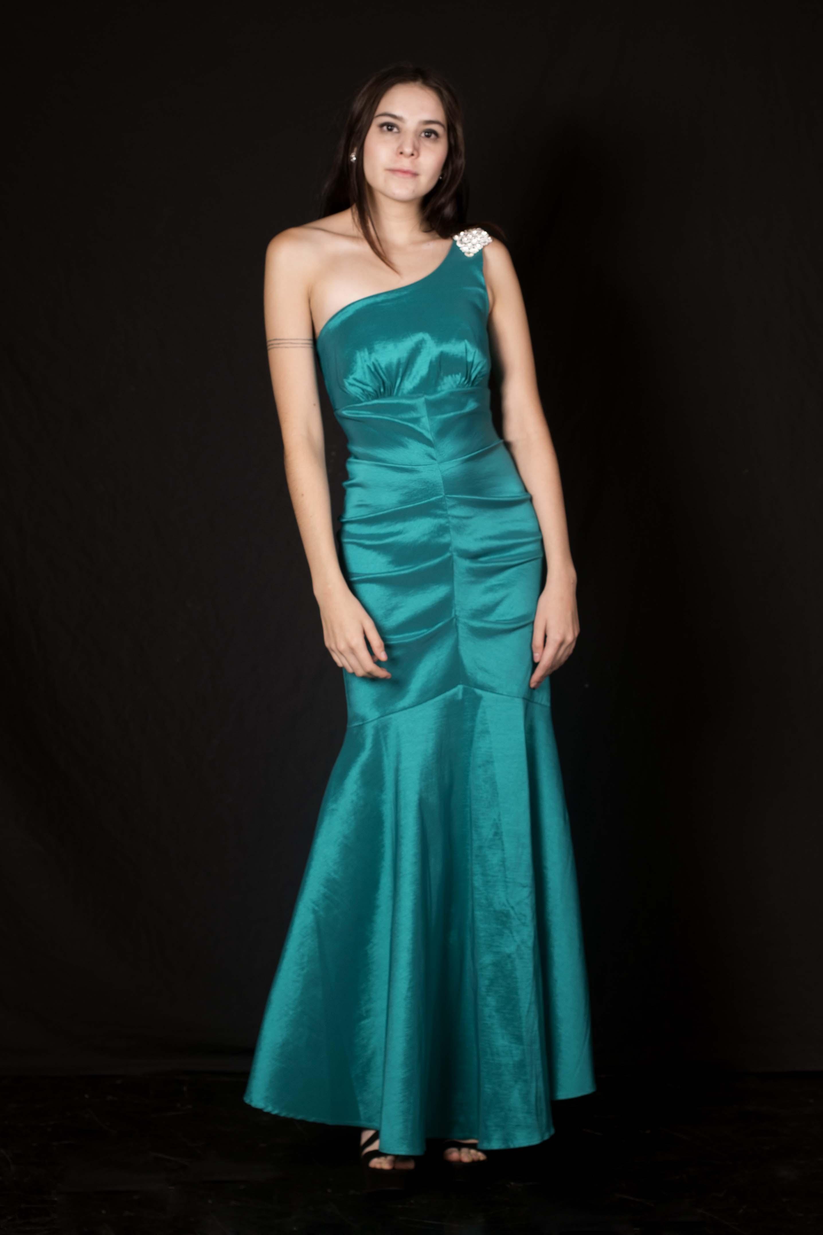 Vestido Sirena Asimétrico