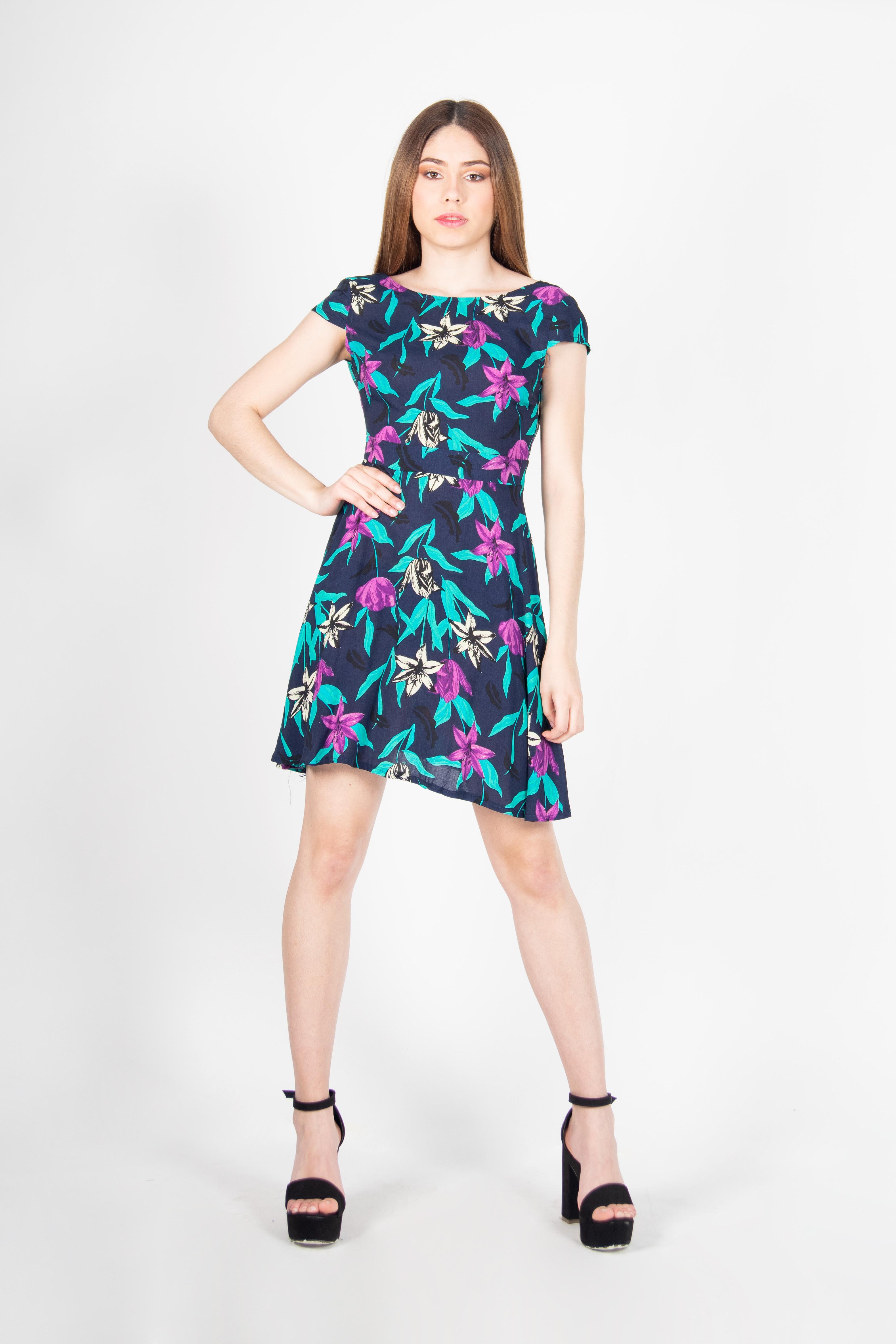 Vestido Flores Sin Espalda
