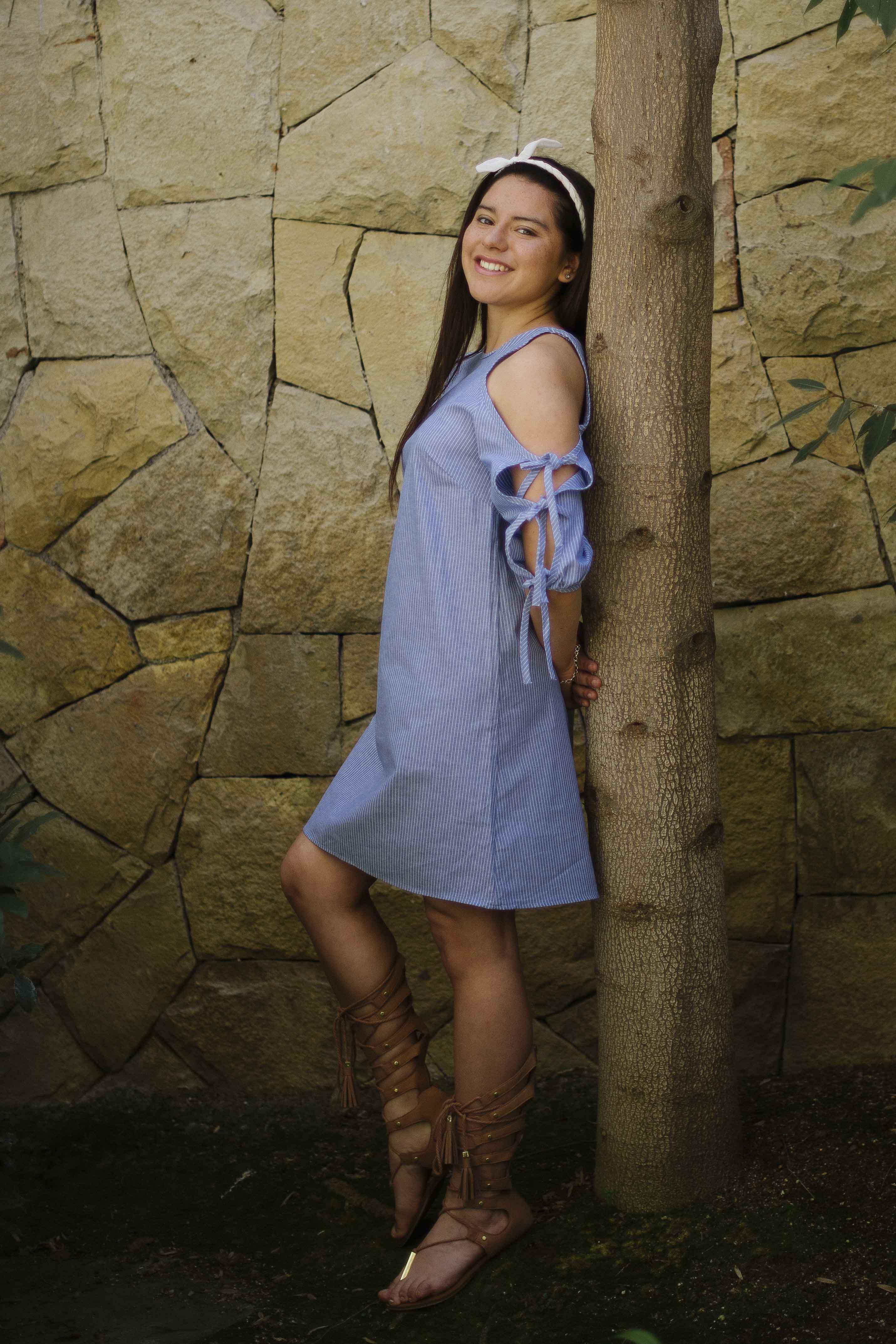 Vestido Rayas Azul Sin Hombros y Con Cintita