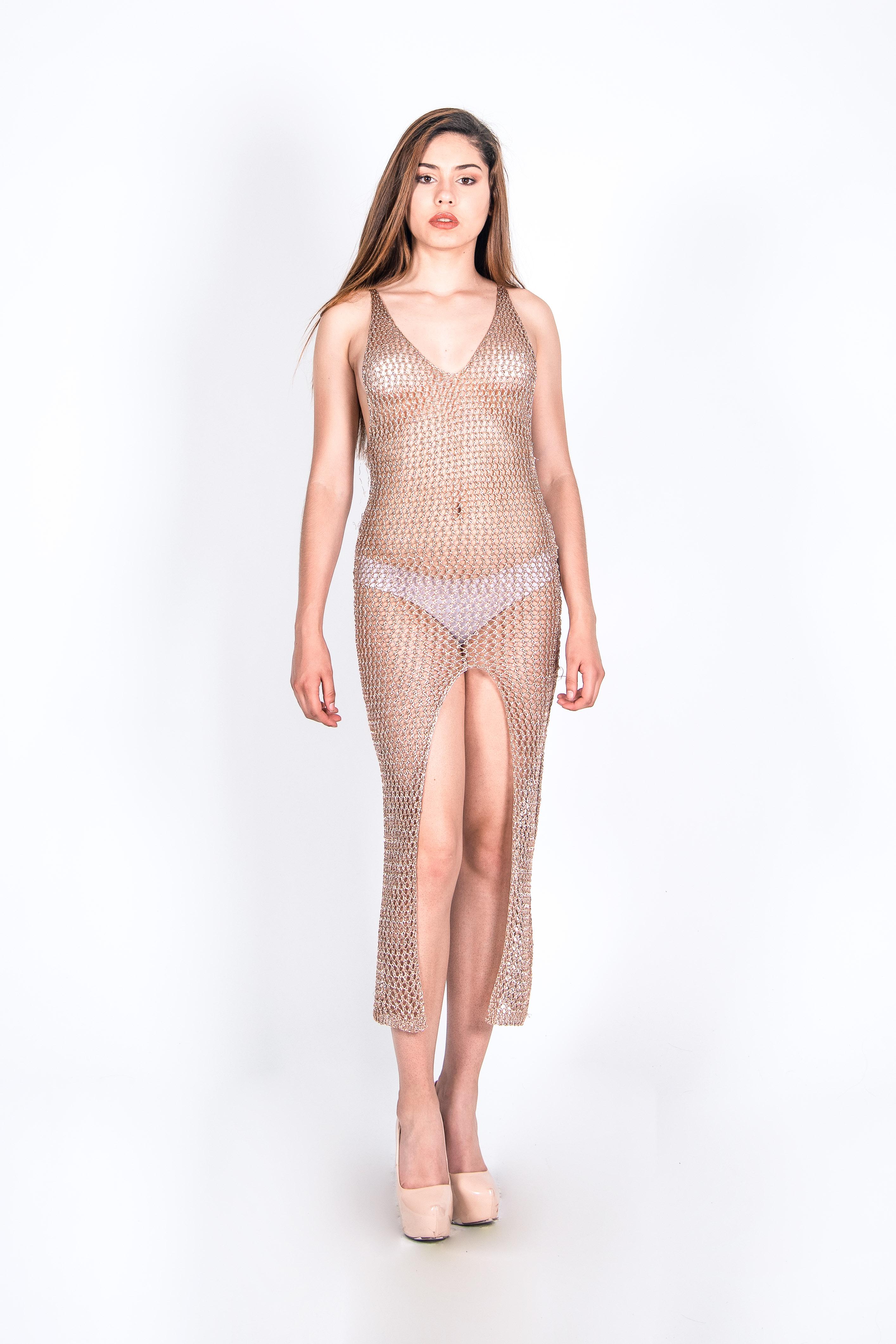 Capa Bikini Cut In Leg 2