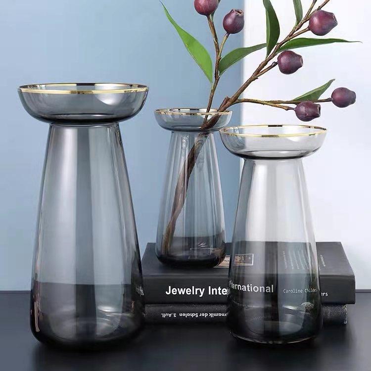 Florero copa gris