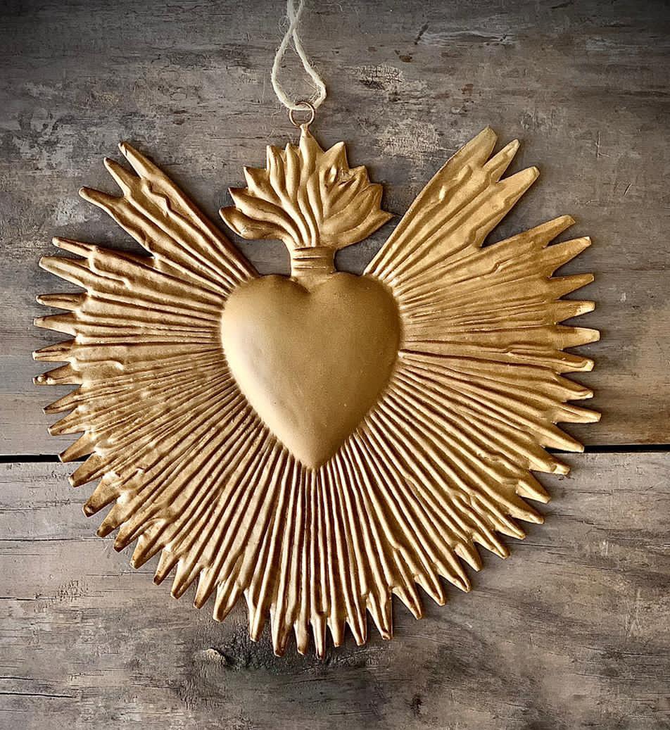Corazón sagrado sol