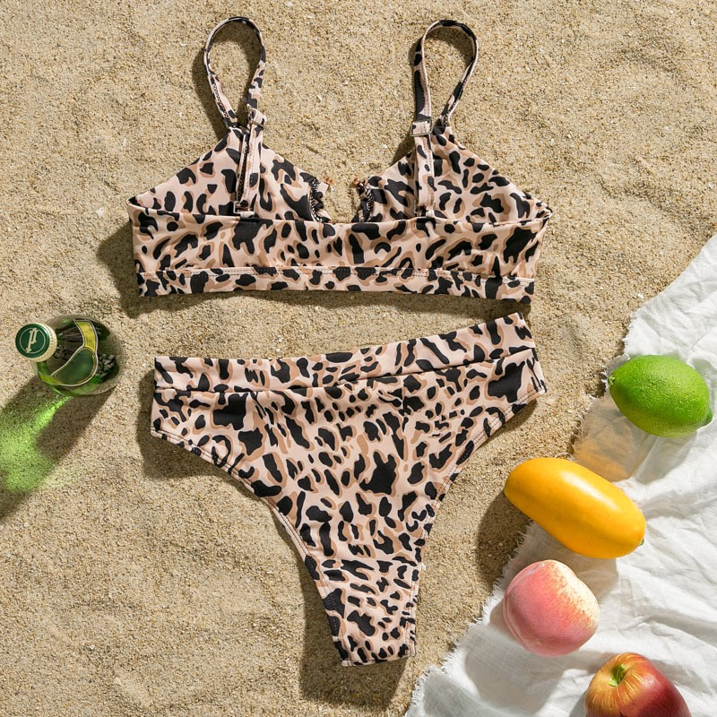 Leo Bikini