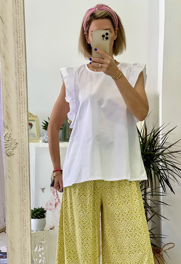 Cute Buttons White Blouse
