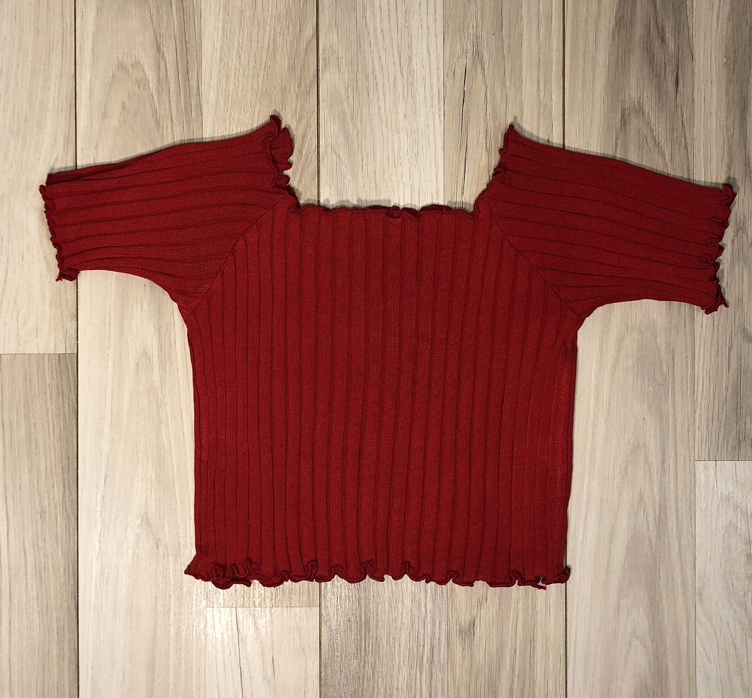 Top Crop Rojo con mangas y onditas