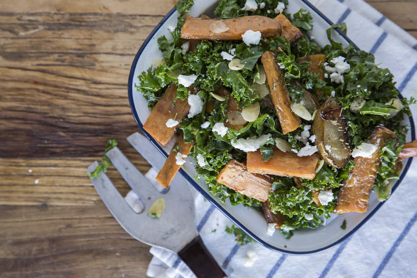 Receta: Ensalada de Peras Asadas, Camote y Kale
