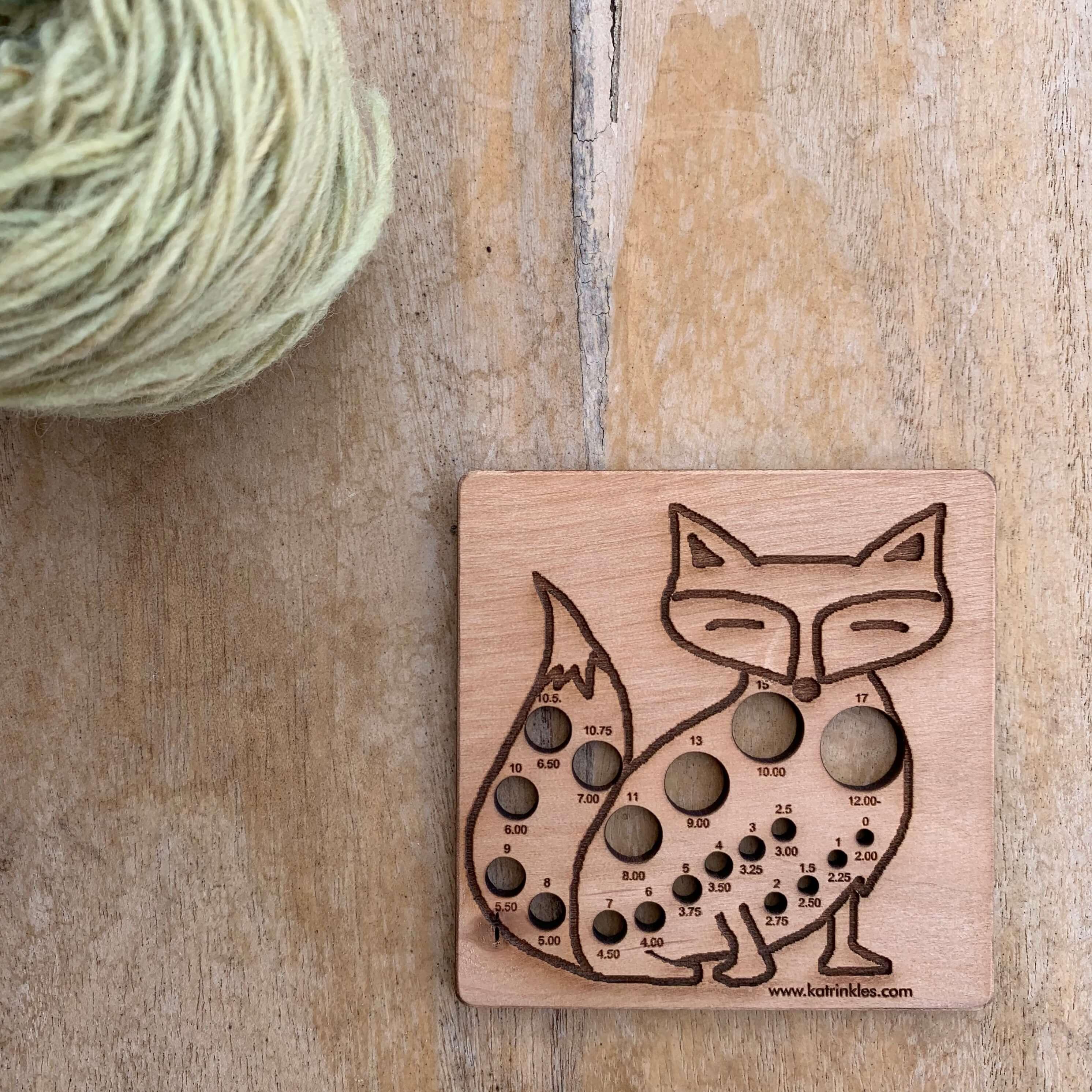 Fox Knitting Needle Gauge   Calibrador de Agulhas de Tricot