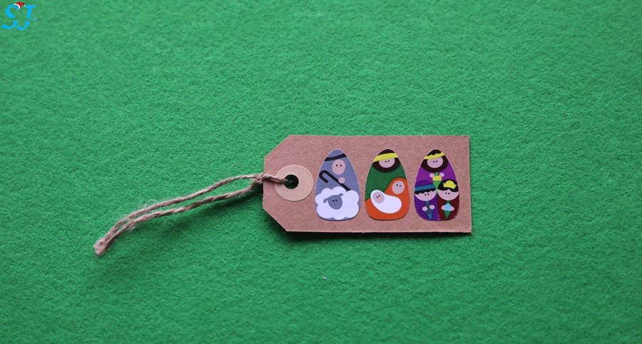 Etiqueta três figuras pequenas
