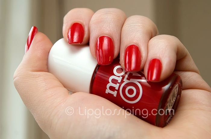 Esmalte Models Own Red Alert