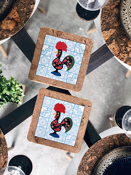 With Rooster Tile (2 uni)