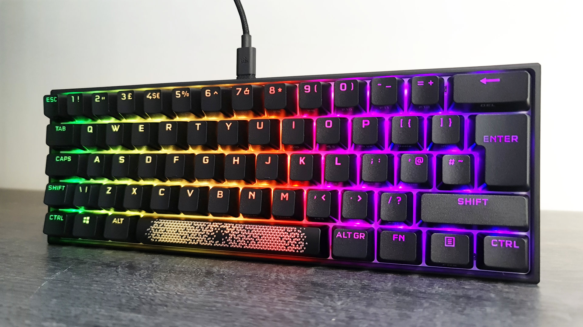 K65 MINI 60% MECANICO RGB - CORSAIR