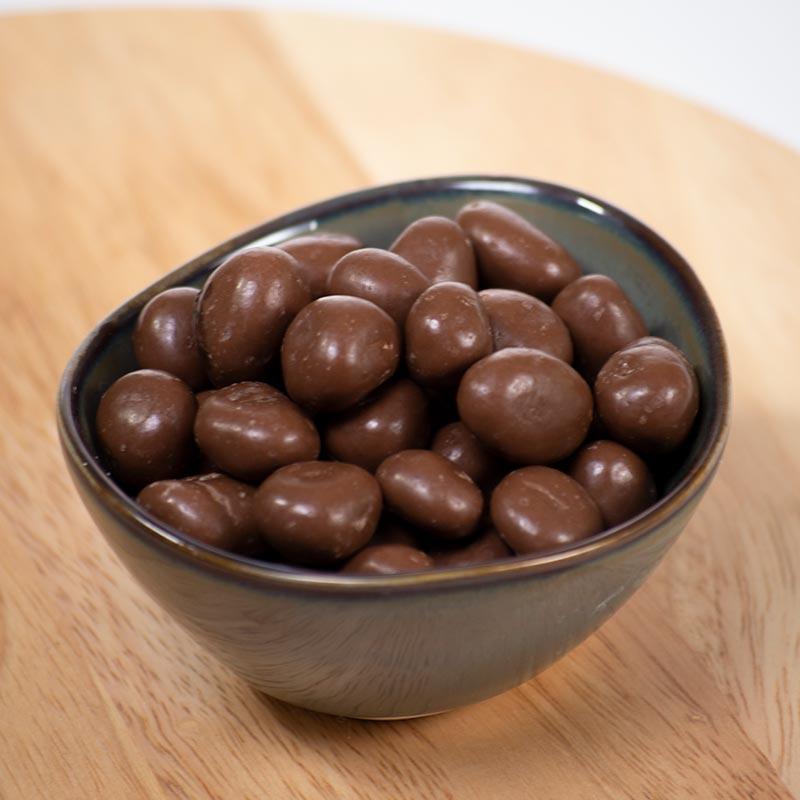 Pasas al ron cubiertas de chocolate