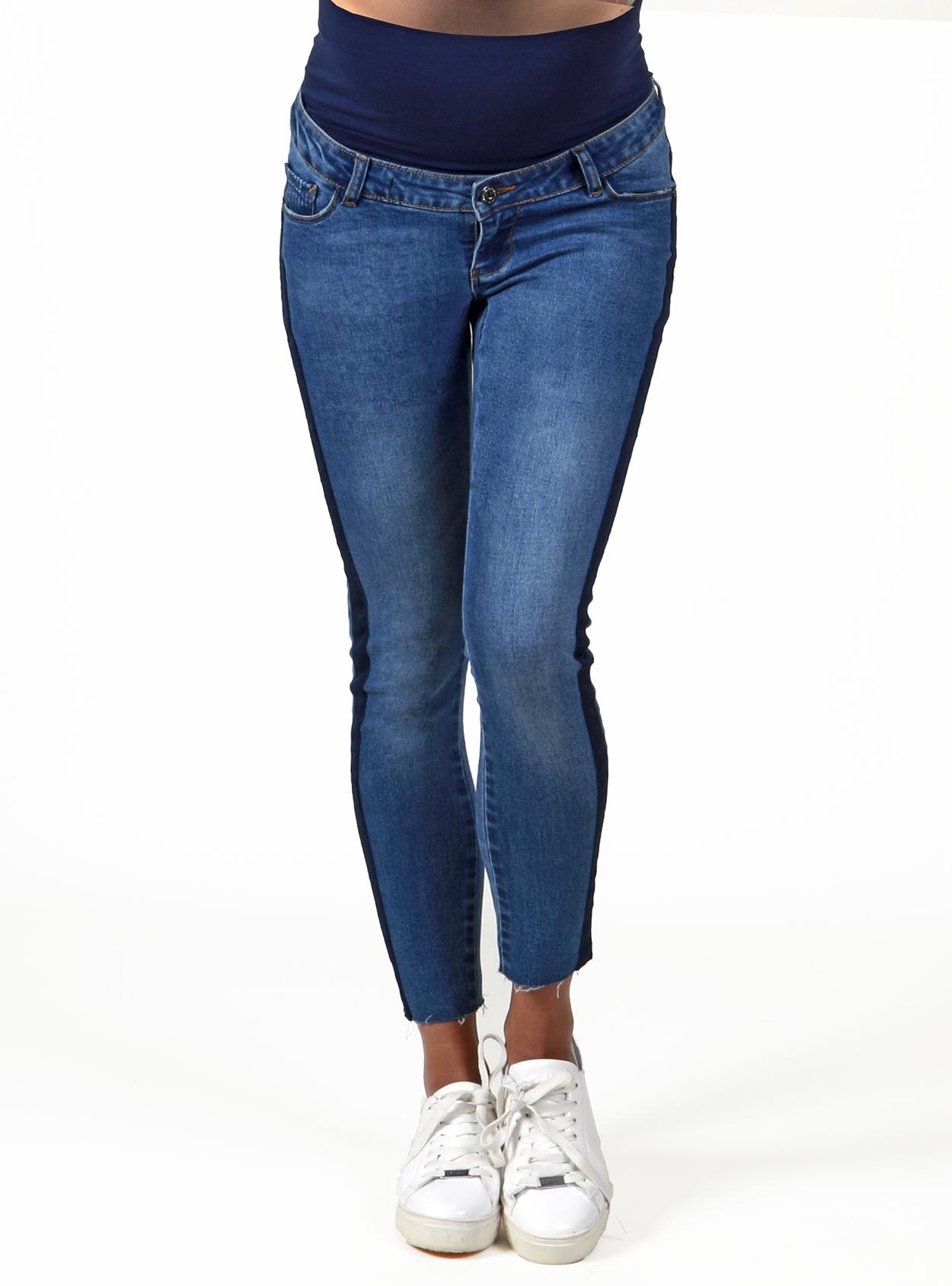 Jeans crop con cinta lateral