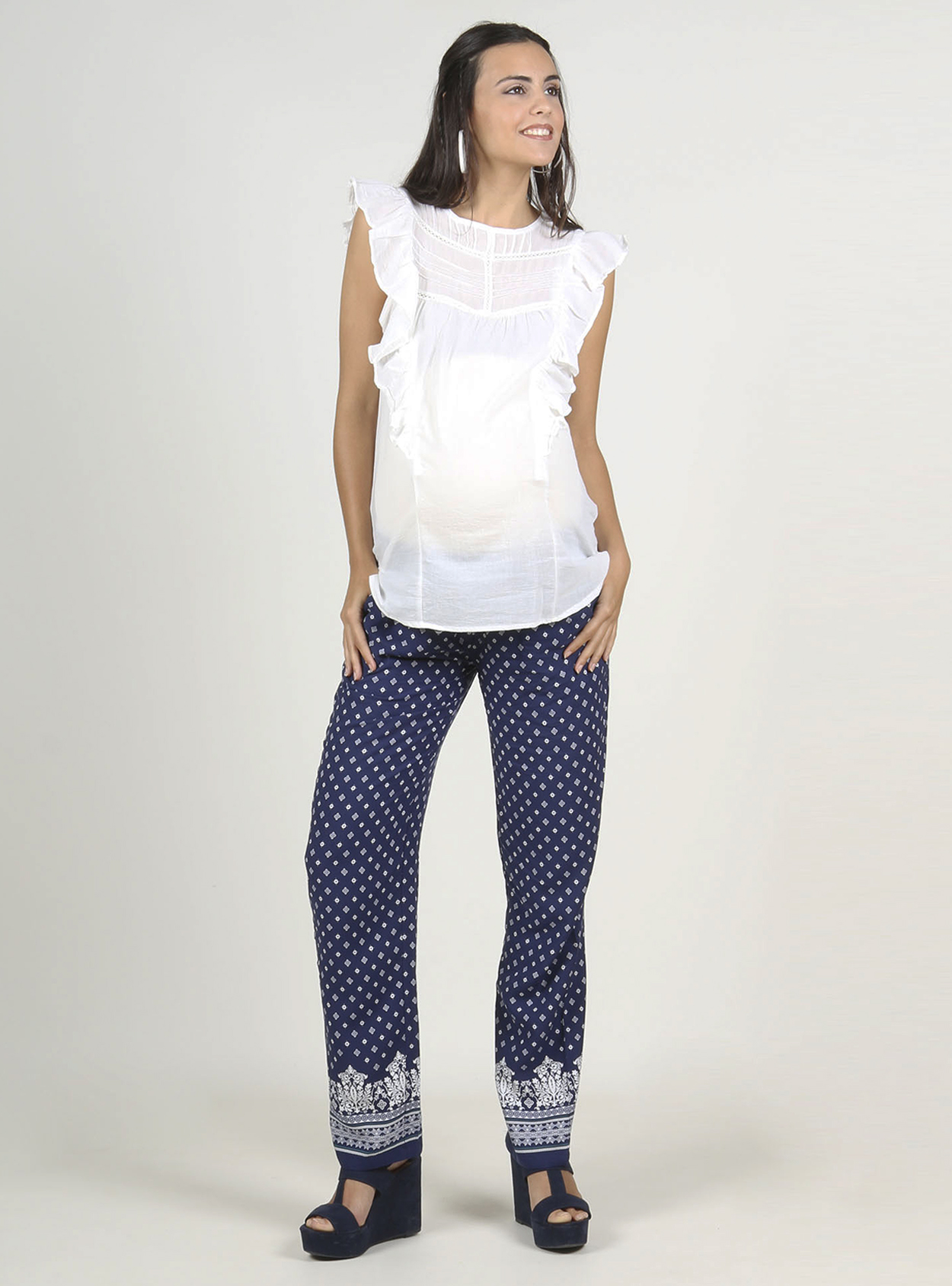 Pantalon ancho estampado con smock
