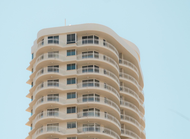 Balcones con pasto sintético para zonas residenciales