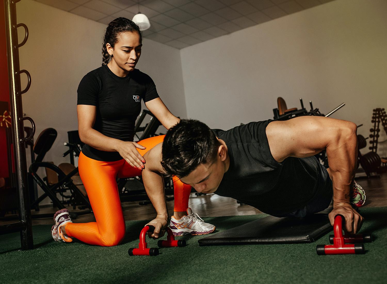Césped sintético para gimnasio: usos y beneficios