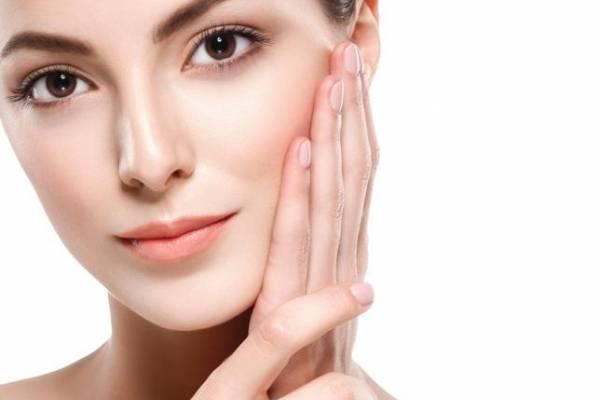Cremas antiarrugas para personas jóvenes, las primeras arrugas en el rostro
