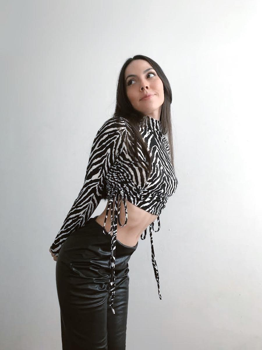 TOP ALISSA ZEBRA