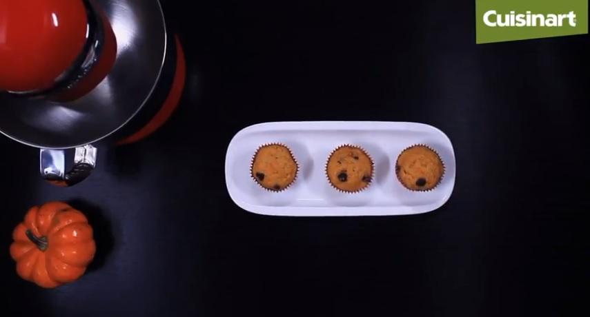 Prepara unos exquisitos Muffins de calabaza para este Halloween con la Batidora SM50 de Cuisinart