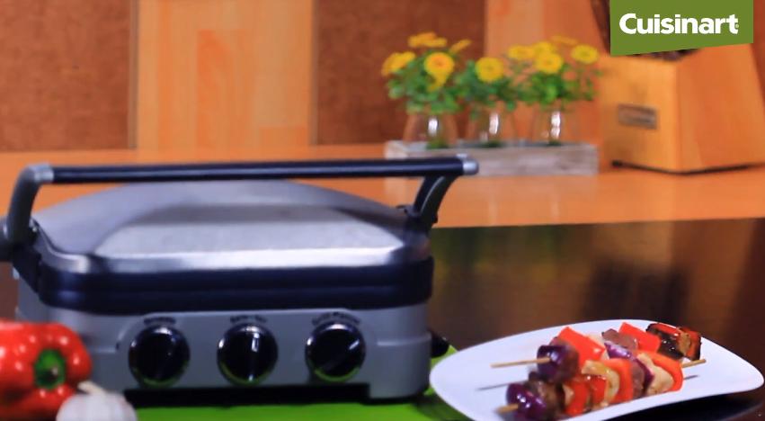 Prepara unas deliciosas Brochetas de carne y pollo con la GR40e de Cuisinart