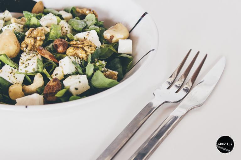 Salada de Agrião com Queijo Fresco e Frutos Secos