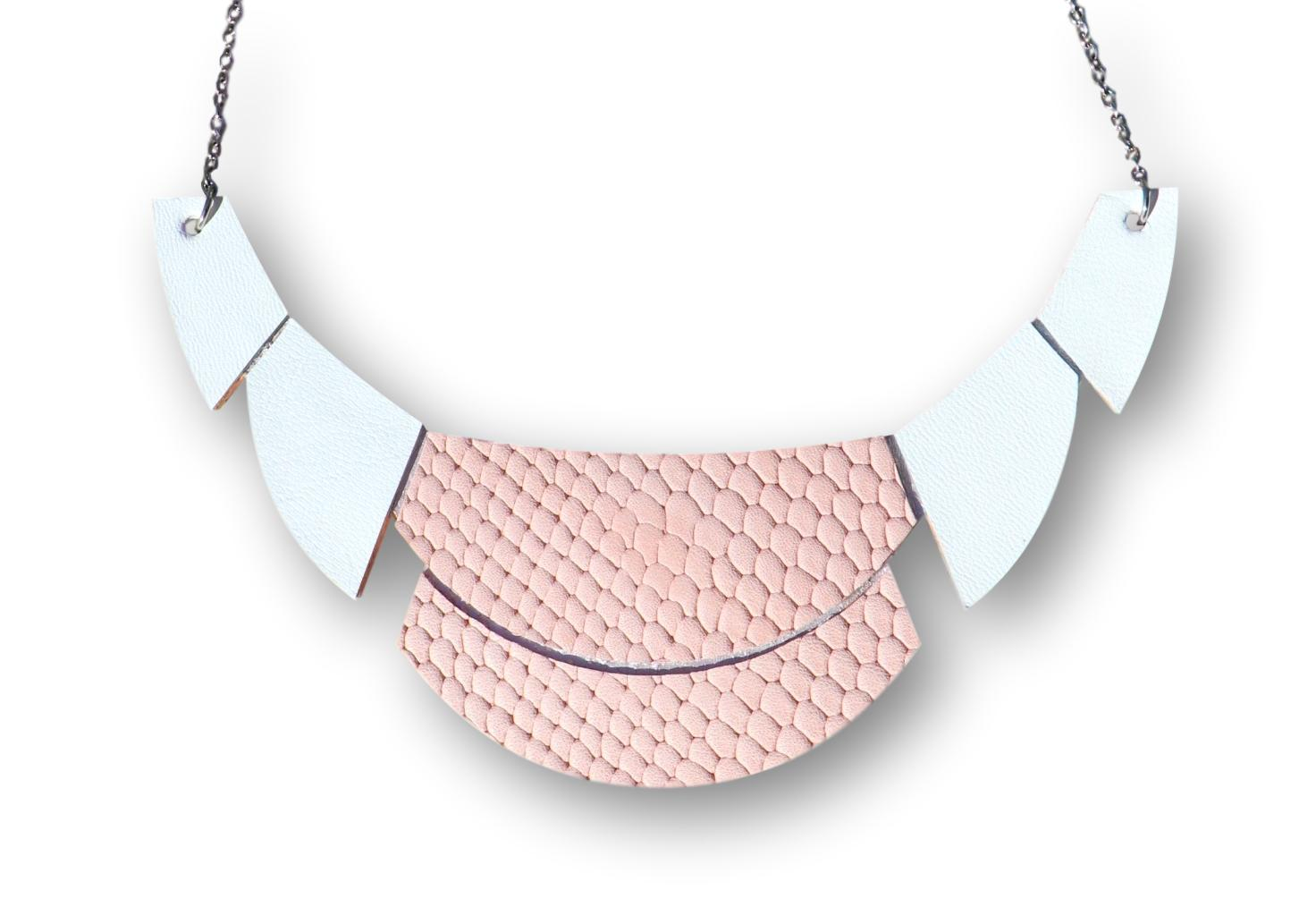 Shade - Statement Necklace