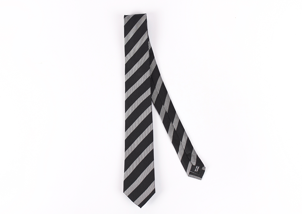 Corbata Gris líneas negras